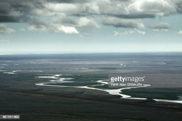 Pont de la route N1 traversant la plaine Skeidararsandur dans la région du Austurland en Islande