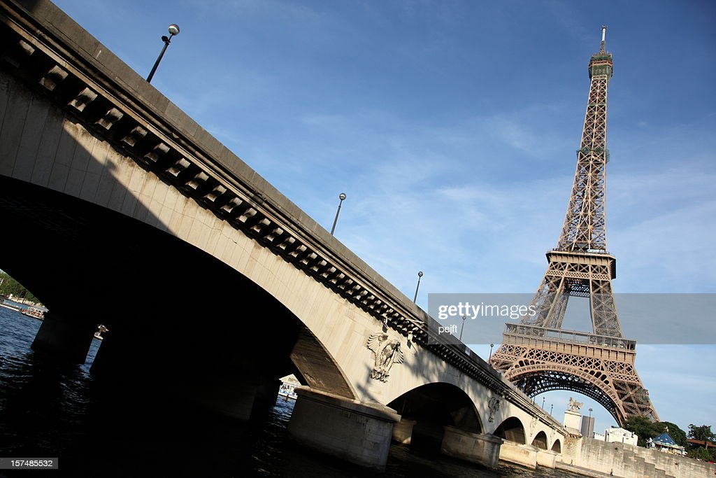 Pont D'lena in front of the Eiffel Tower, Paris : Stock Photo
