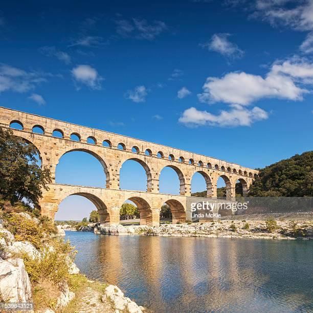 Pont du Gard, 2000 year old Roman Aquaduct, Vers-Pont-du-Gard, Languedoc-Roussillon, France