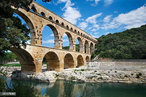 pont du gard - antica roma foto e immagini stock