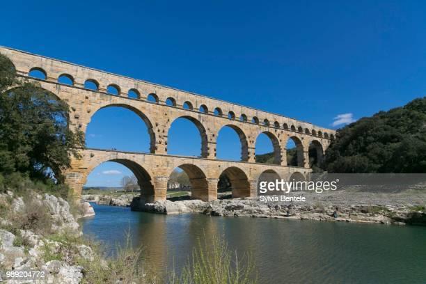 pont du gard, vers-pont-du-gard, languedoc-roussillon, france - pont du gard stockfoto's en -beelden