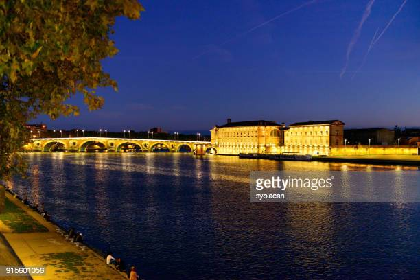 pont neuf and hotel dieu st jacques, tolouse - syolacan stock pictures, royalty-free photos & images