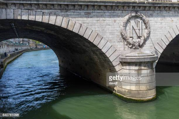 pont saint michel bridge over the river seine of paris on a sunny day - letter n stock pictures, royalty-free photos & images