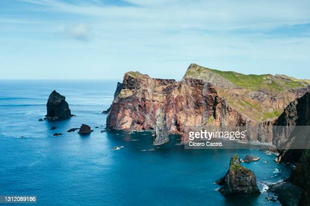 ponta do rosto viewpoint - atlantic islands stock pictures, royalty-free photos & images
