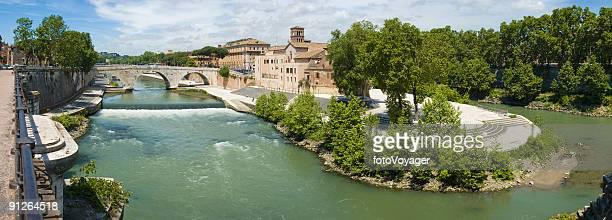 Ponte Cestio to Isola Tiberina, Rome