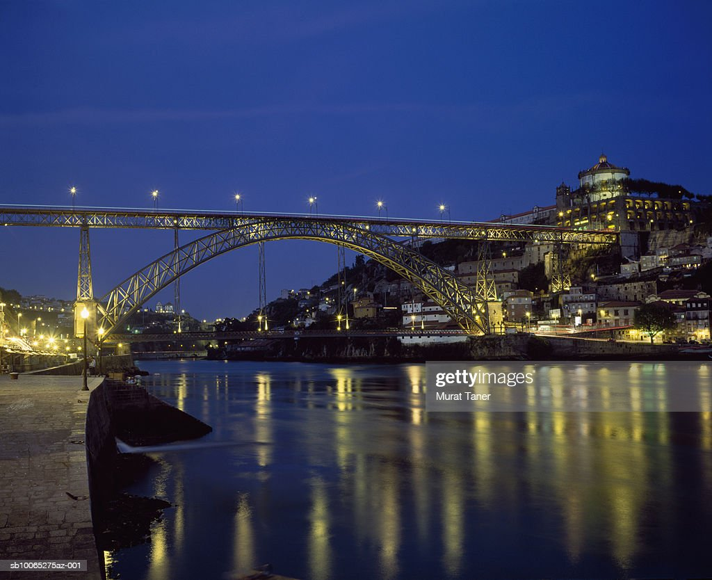 Ponte Dom Luis I Bridge over Douro River : Foto stock