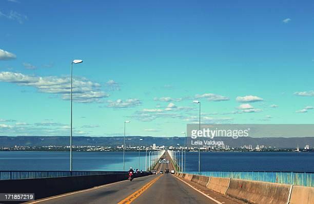 ponte fernando henrique cardoso - palmas com a ser - palmas tocantins imagens e fotografias de stock