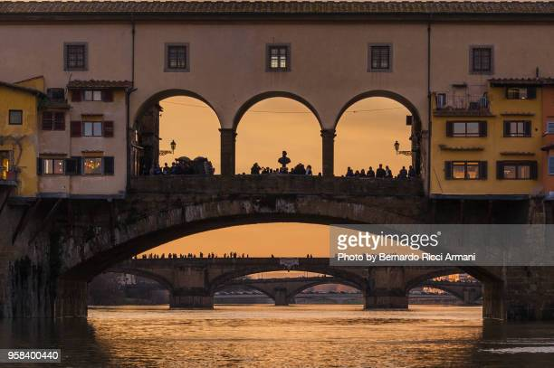 ponte vecchio in firenze - ponte vecchio stock photos and pictures