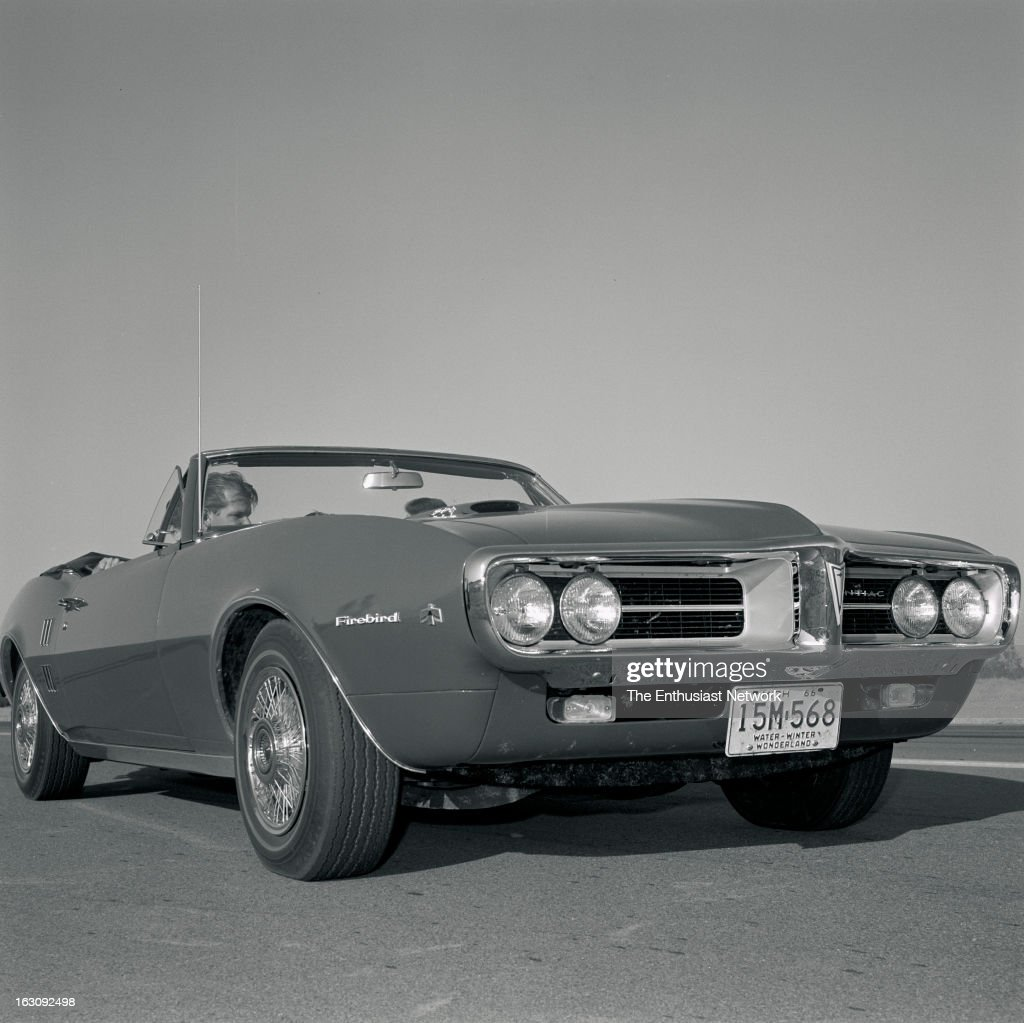 1967 Pontiac Firebird 400 Convertible Pictures Getty Images 1960 Formula Pontiacs Version Of Chevrolets The Mustang Doesnt