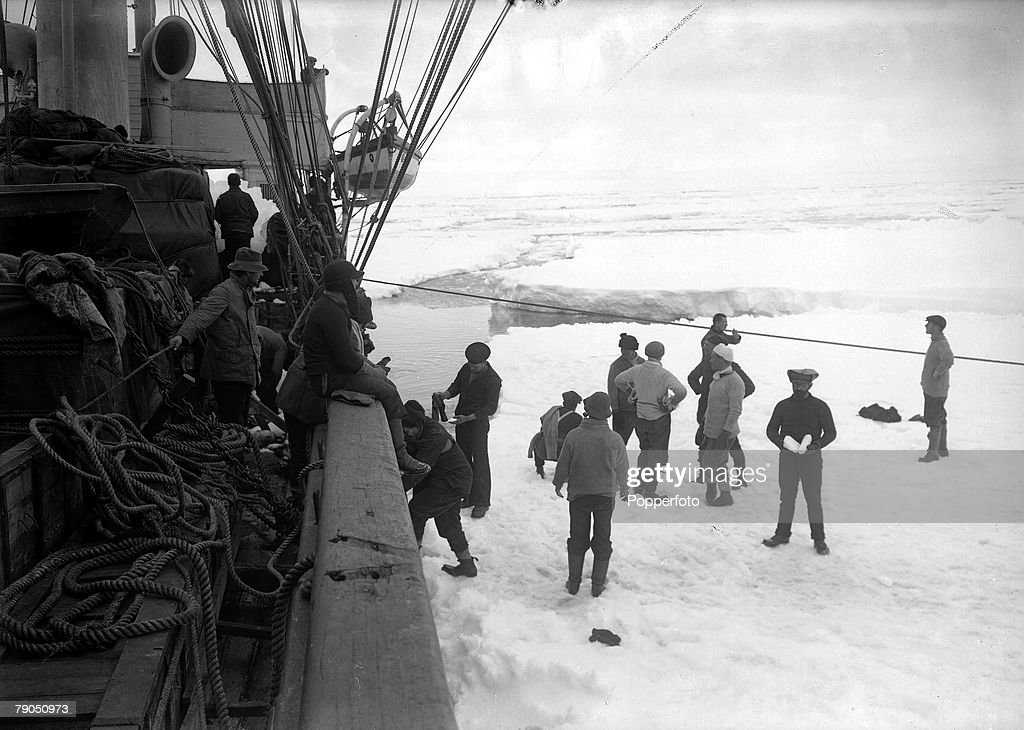 H.G Ponting. Captain Scott+s Antarctic Expedition 1910 - 1912. 11th December, 1910. The -Terra Nova+ anchored to the ice : News Photo