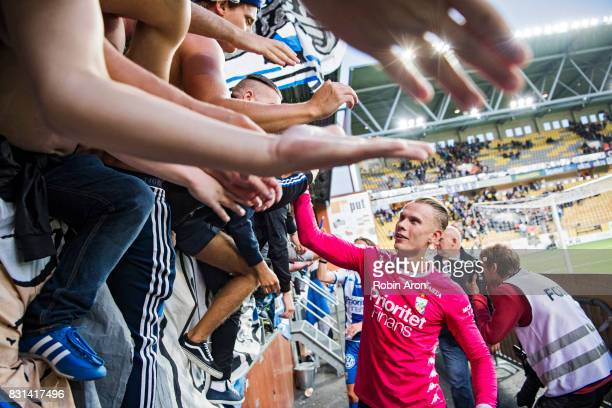 Pontus Dahlberg goalkeeper of IFK Goteborg celebrates after the victory with the fans after the Allsvenskan match between IF Elfsborg and IFK...
