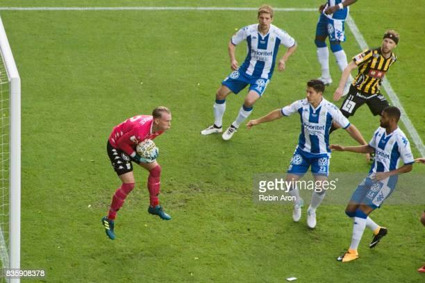 Pontus Dahlberg goalkeeper of IFK Goteborg saves the ball during the Allsvenskan match between IFK Goteborg and BK Hacken at Gamla Ullevi on August...