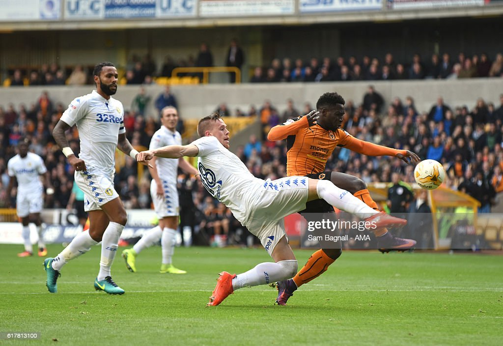 Wolverhampton Wanderers v Leeds United - Sky Bet Championship : News Photo