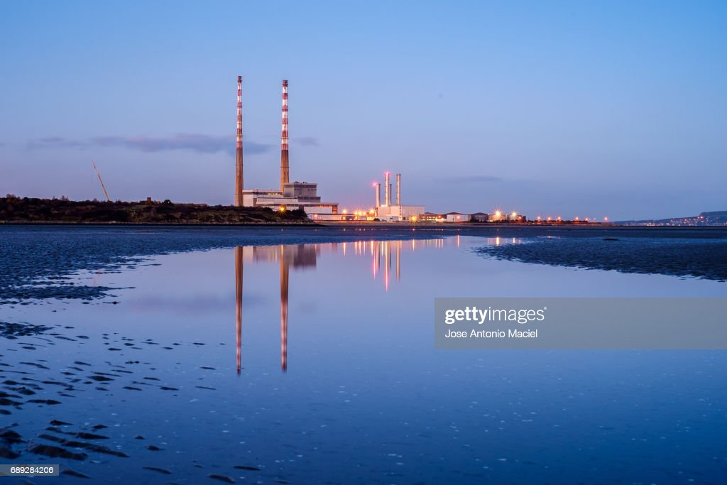 Poolbeg chimneys : Stock Photo