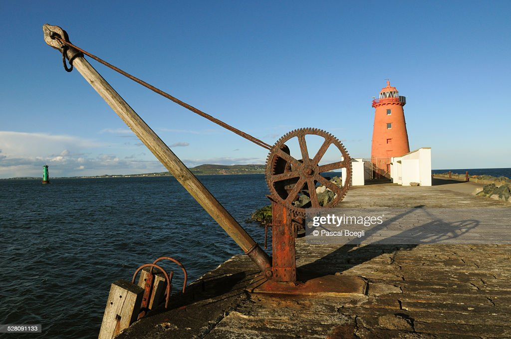 Poolbeg lighthouse in Dublin - Great South Wall : Stock Photo