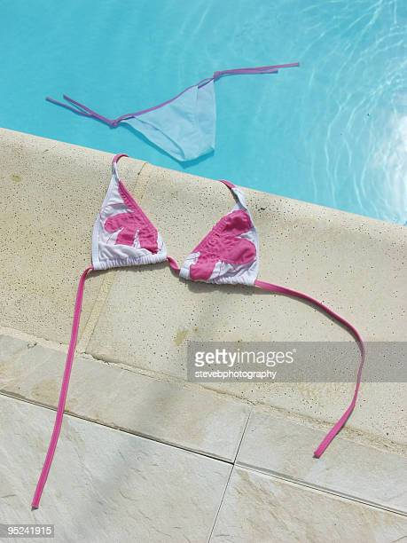 poolside bikini - stevebphotography stock pictures, royalty-free photos & images