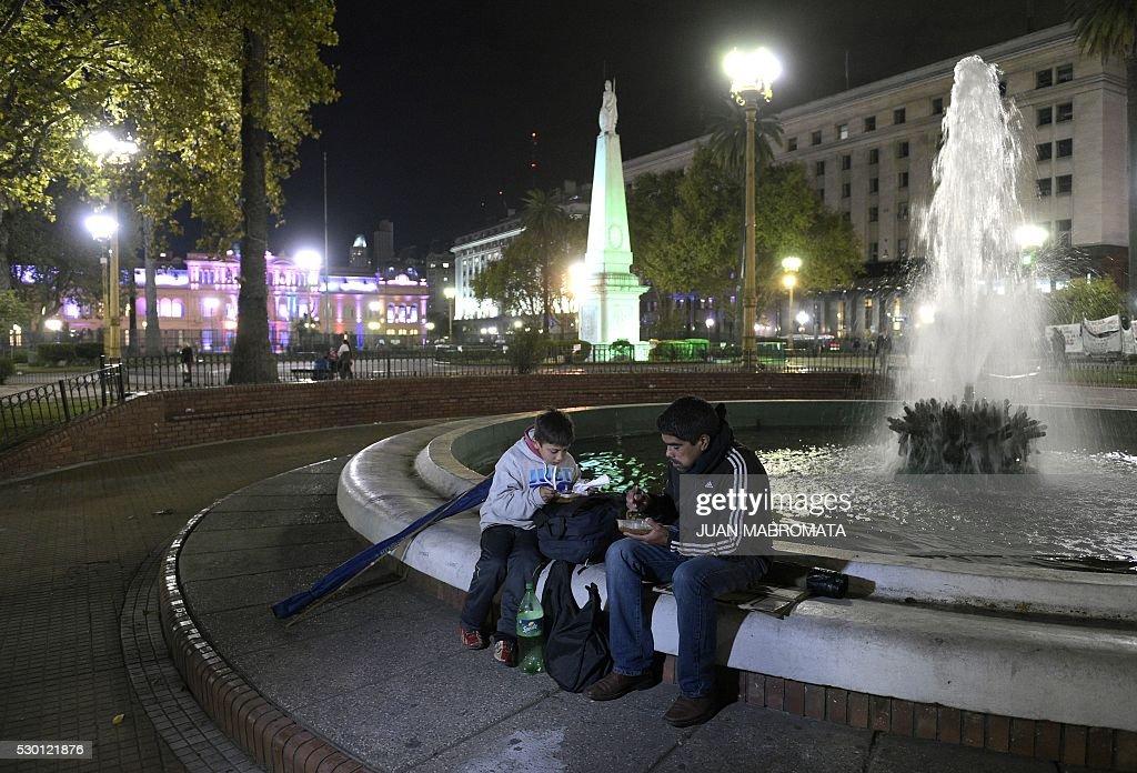 ARGENTINA-ECONOMY-SOCIETY-POVERTY : Fotografía de noticias
