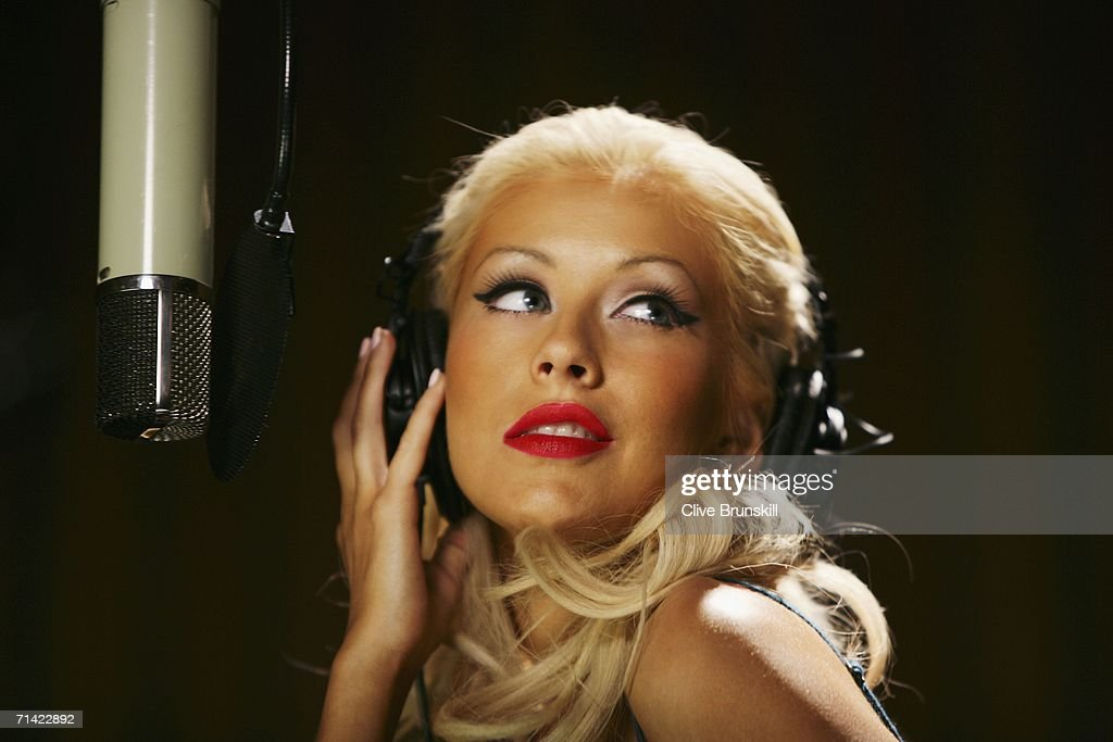 Christina Aguilera Pepsi Campaign : News Photo