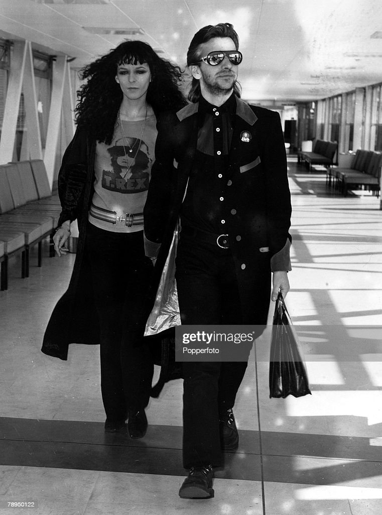 Circa 1972 Former Beatle Ringo Starr With His Wife Maureen At Londons Heathrow