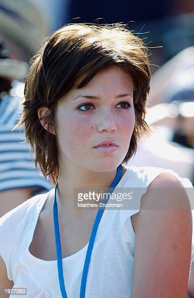 Pop music sensation Mandy Moore watches Andy Roddick play Feliciano Lopez of Spain during the Pacific Life Open at the Indian Wells Tennis Garden on...