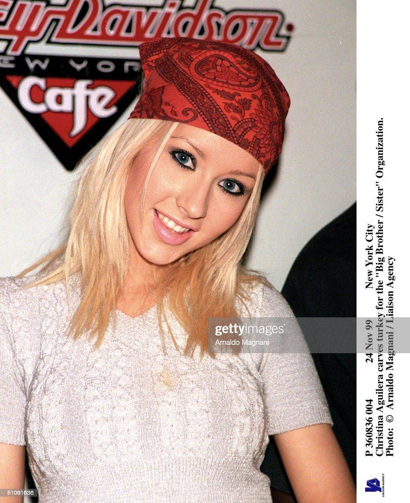Pop Sensation Christina Aguilera Poses For Photographers At The Big Brother-Sister Orga : News Photo