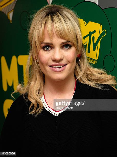 "Pop singer Duffy poses for pictures after visiting MTV's ""TRL"" at MTV Studios Times Square on May 13, 2008 in New York City."