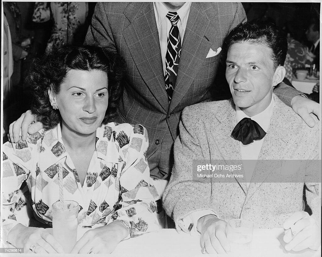 Sinatra & Wife : Nachrichtenfoto