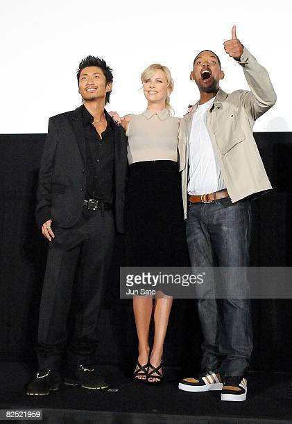 Pop Singer MAKIDAI of EXILE actress Charlize Theron and actor Will Smith attends the 'Hancock' Stage Greeting at Shinjuku Piccadilly on August 23...