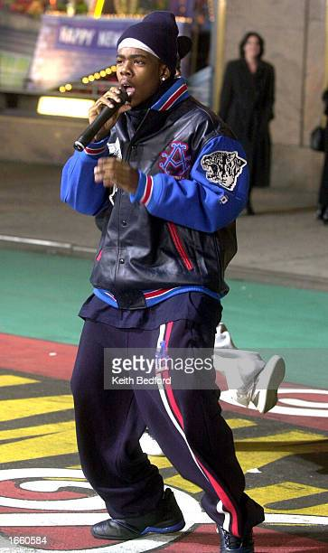 Pop singer Mario rehearses for his performance in the Macy's Thanksgiving Day Parade in front of the department store November 25 2002 in New York...