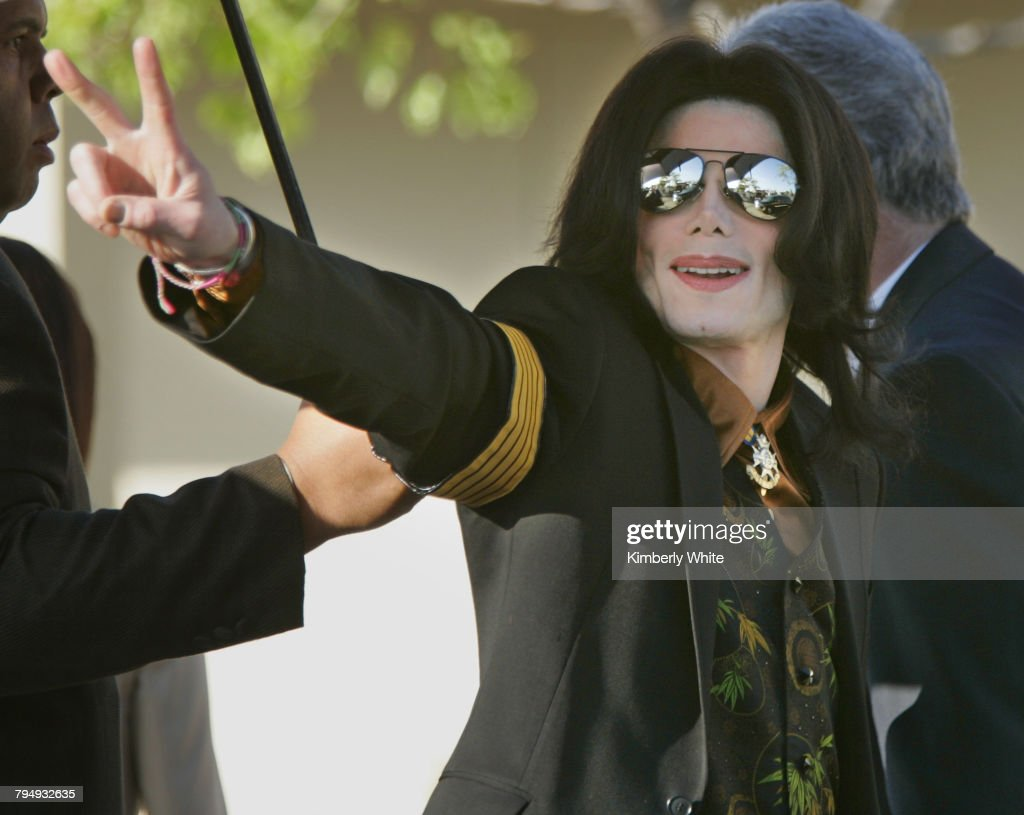 Michael Jackson Trial Alternate Jurors Selected : Fotografía de noticias