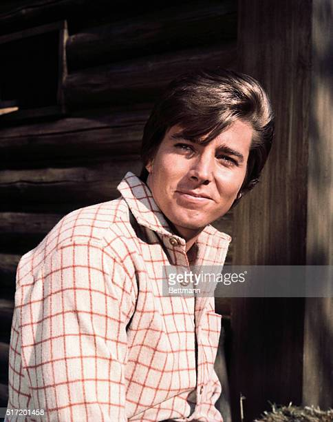 Pop star and TV actor Bobby Sherman
