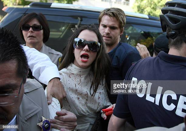 US pop star Britney Spears arrives at the Los Angeles County Superior courthouse 14 January 2008 for a hearing regarding visitation rights for her...