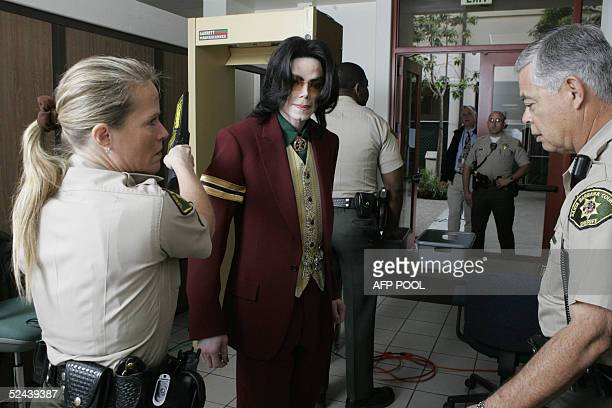 US pop star Michael Jackson arrives at Santa Barbara County Courthouse in Santa Maria California 17 March 2005 for his child molestation trial AFP...