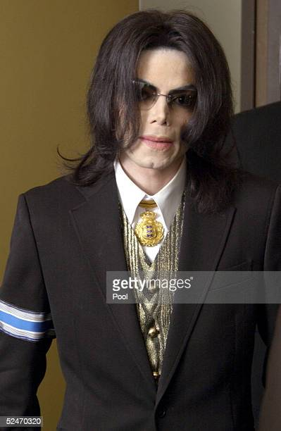 US pop star Michael Jackson arrives at the Santa Barbara County Courthouse March 23 2005 in Santa Maria California Jackson is charged in a 10count...