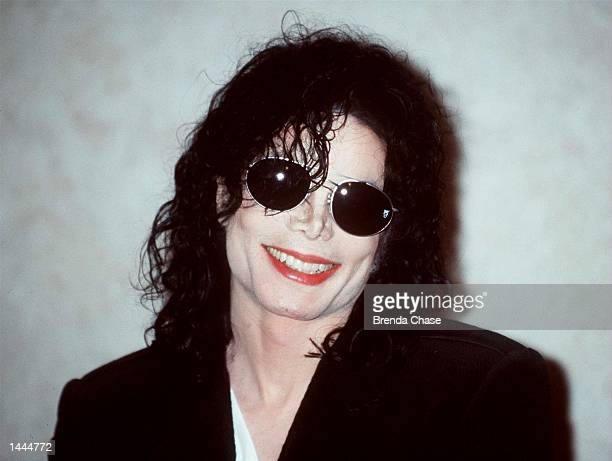Pop star Michael Jackson at a press conference to announce his upcoming concerts to benefit the World Peace Foundation for Children WPFC May 15 1998...