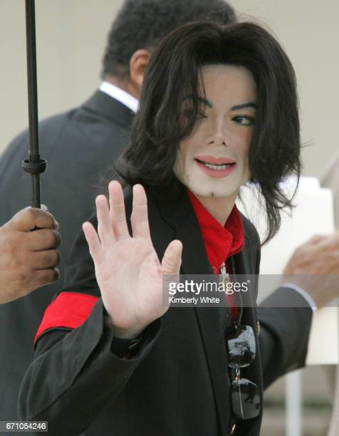 Pop star Michael Jackson waves to fans on arriving at the Santa Barbara County Superior Court in Santa Maria Jurors in Jackson's child molestation...
