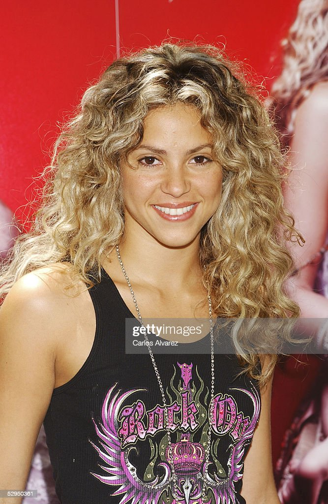 "Shakira Launches Her New Album ""Fijacion Oral"""