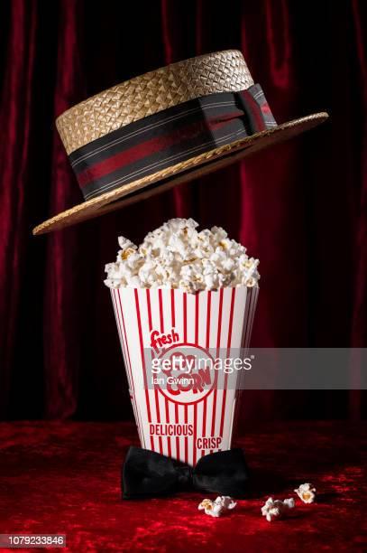 popcorn and hat - ian gwinn ストックフォトと画像