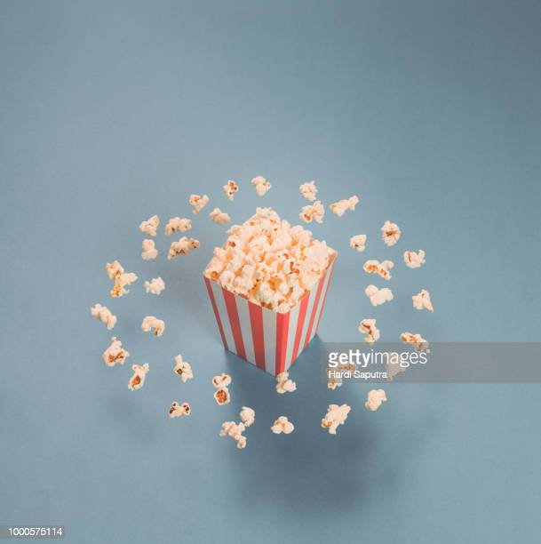 popcorn belt - blue film images stock photos and pictures