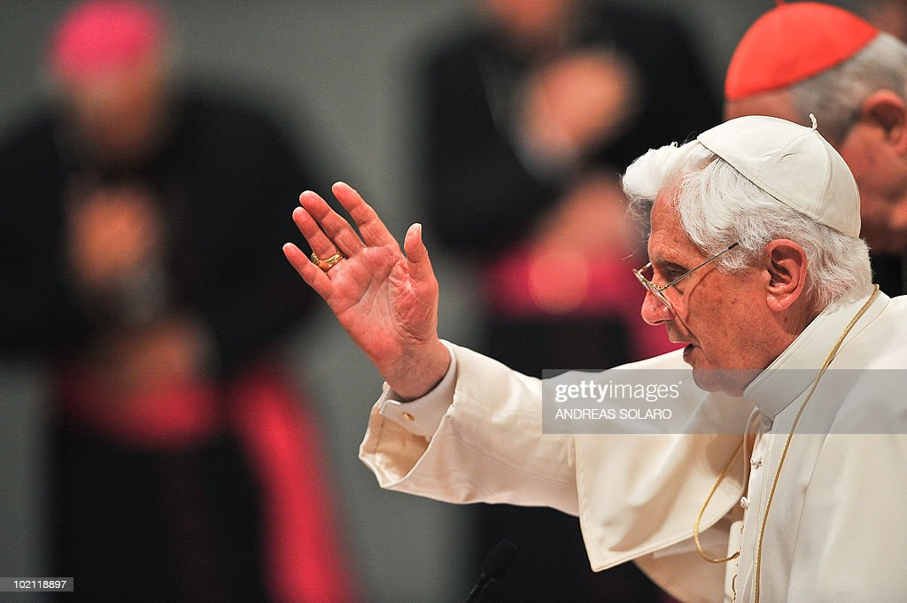 Pope Benedict XVI blesses the faithful gathered in Basilica San Giovanni in Laterano during the opening of Roman diocesan convention on June 15, 2010 in Rome.