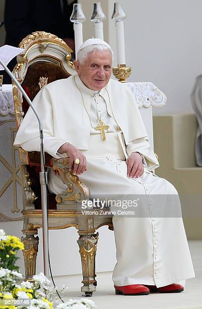 Pope Benedict XVI celebrates a Holy Mass in Piazza San Carlo on May 2 2010 in Turin Italy Later in the day Pope Benedict XVI will meet with young...