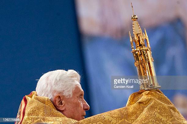 Pope Benedict XVI leads an evening vigil at Etzelsbach chapel on September 23 2011 in Steinbach near Goettingen Germany The Pope is at Etzelsbach on...