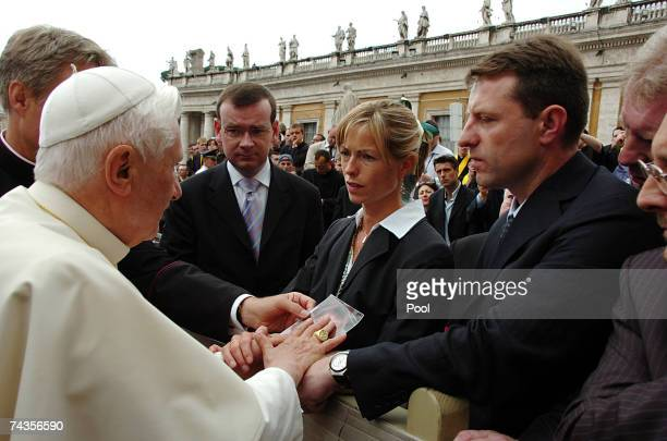 Pope Benedict XVI meets Gerry and Kate McCann during his weekly audience at St Peter's Square May 30 2007 in Vatican City The parents of fouryearold...
