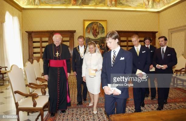 Pope Benedict XVI meets Grand Duke Henri of Luxemburg Grand Duchess MariaTeresa of Luxemburg and their sons Alexandra Sebastien Guillame Louis and...