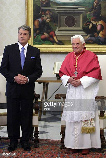 Pope Benedict XVI poses with Ukrainian President Victor Yushchenko during their meeting at his private library on June 1, 2009 in Vatican City.