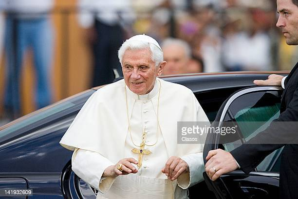 Pope Benedict XVI receives the keys to the city of Guanajuato on March 24, 2012 in Guanajuato, Mexico.