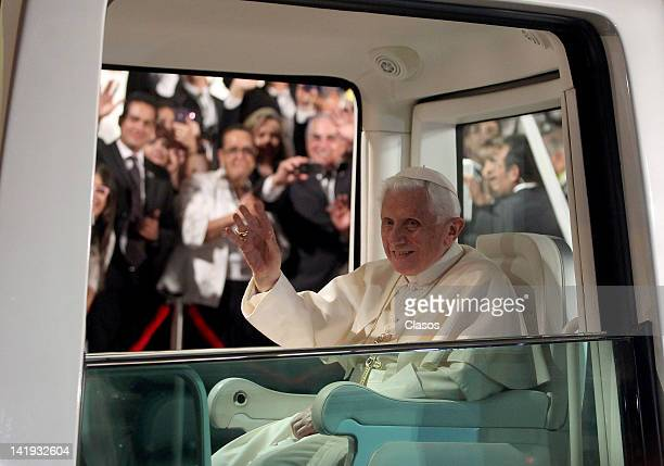Pope Benedict XVI recives the keys to Leon City on March 24, 2012 in Leon, Mexico.