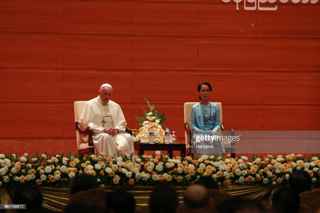 Pope Francis Visits Myanmar : News Photo