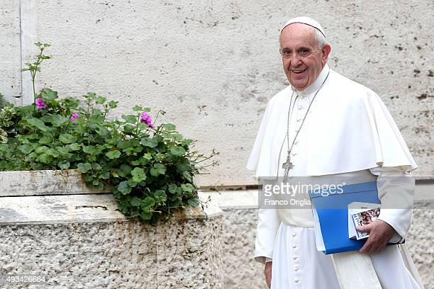 Pope Francis arrives at the Synod Hall for a session of Synod on The Themes Of Family on October 20 2015 in Vatican City Vatican The Synod of Bishops...