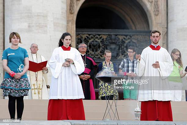 Pope Francis attends a meeting of prayer with German altar servers in St Peter's Square on August 5 2014 in Vatican City Vatican More than 50000...